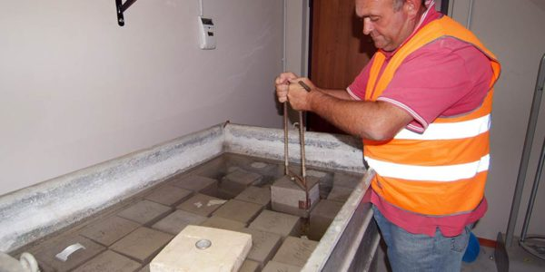fagnano-concrete-impianto-laboratorio-1